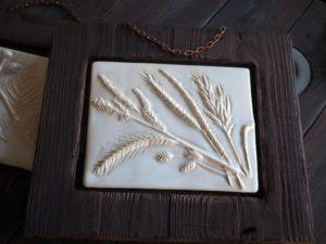 biel-ceramiczna-plaskorzezba